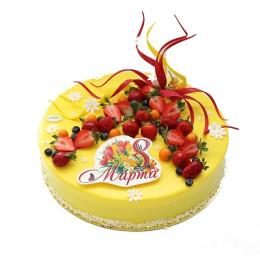 Праздничный торт  в желтой глазури с ромашками и свежими ягодами