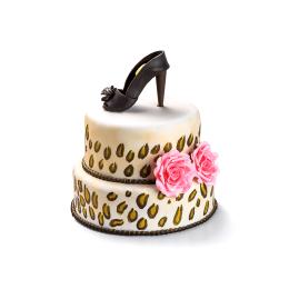 Торт праздничный в два яруса с фигуркой туфельки