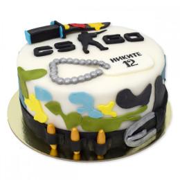 Детский торт с фигурками пуль и аплликациями