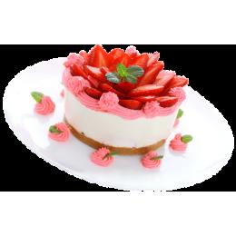 Торт праздничный украшен дольками клубники