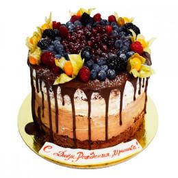 Торт праздничный в один ярус с ассорти из свежих ягод и физалисом