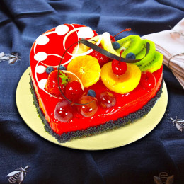 Strawberry heart mousse cake
