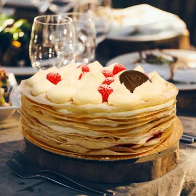 Торт Блинный с малиной