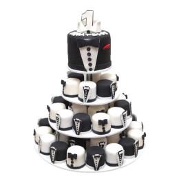 Детский торт на год с капкейками